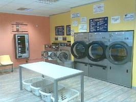 Lavanderia self service asciutto e pulito home for Lavanderia self service catania